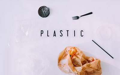 Scopriamo cosa sono le materie plastiche